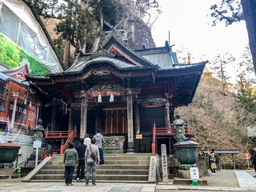 榛名神社の本社