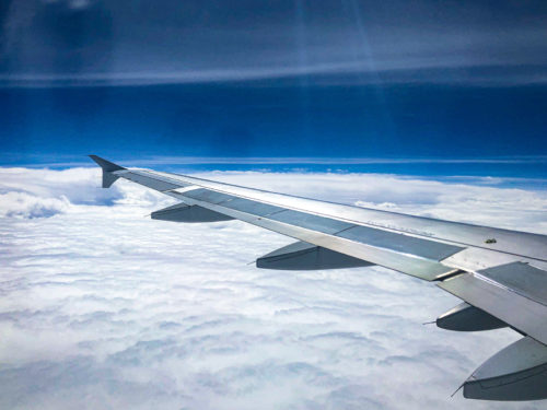 ANA機内から見た空と雲