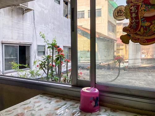 ハンポチャナーの窓からの景色