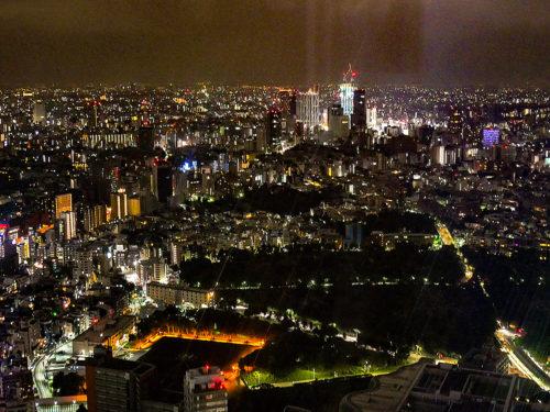 ザ・リッツ・カールトン東京の部屋から見た夜景